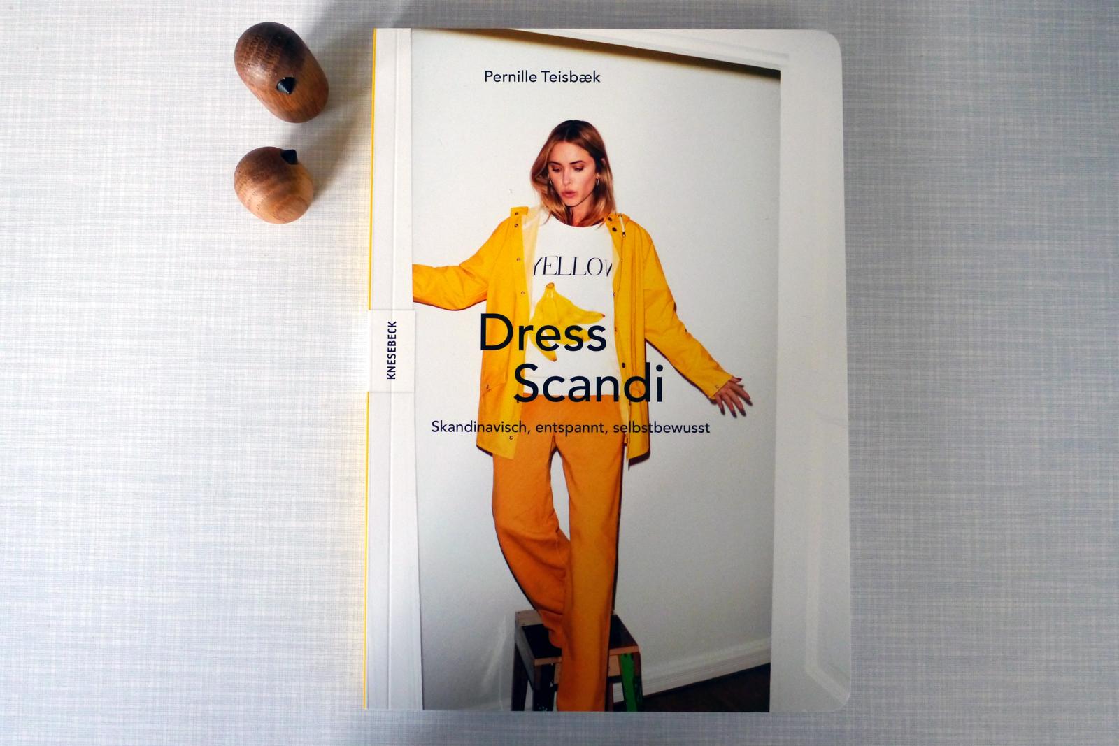 Dress Scandi von Pernille Teisbaek, Knesebeck Verlag