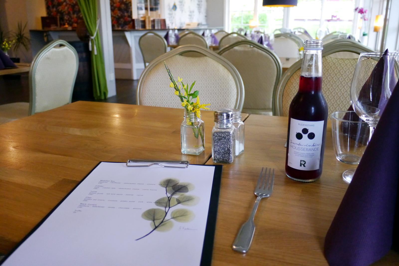 Die Speisekarte im Restaurant des Grenna Hotell.