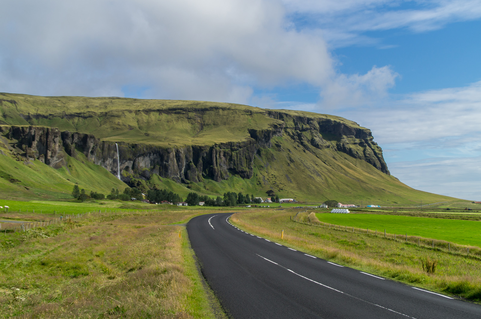 traumhaftes Panorama entlang der Ringstraße an Islands Südküste