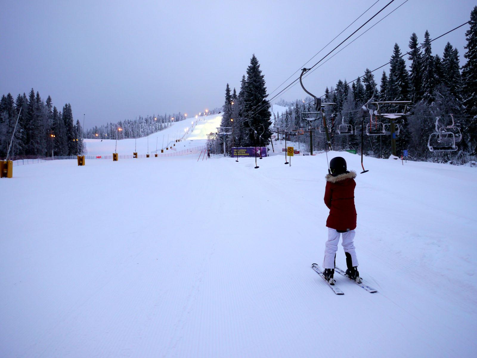 Vuokatti-Finnland-Skifahren