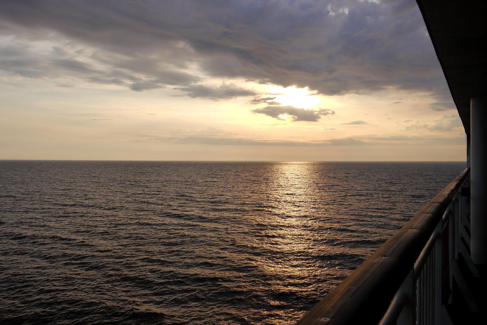 Tallink Silja-Isabelle-Deck-Ostsee-Sonnenuntergang