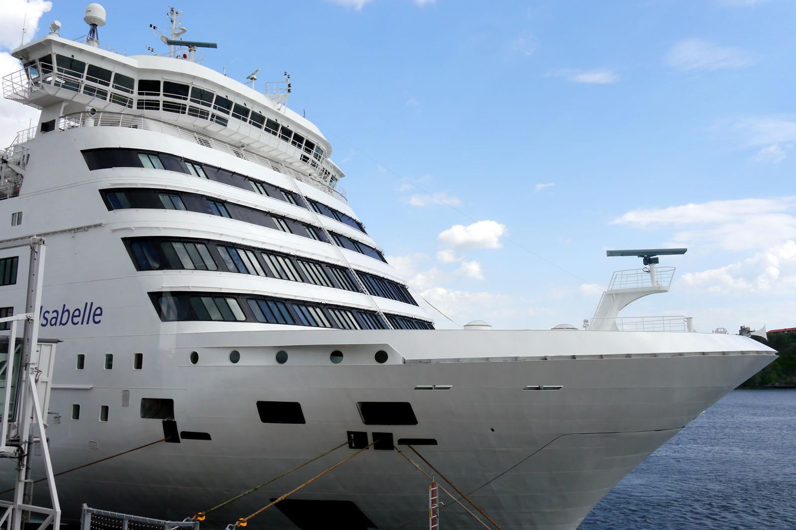 Tallink Silja-Isabelle im Hafen-Stockholm Vaertahamnen