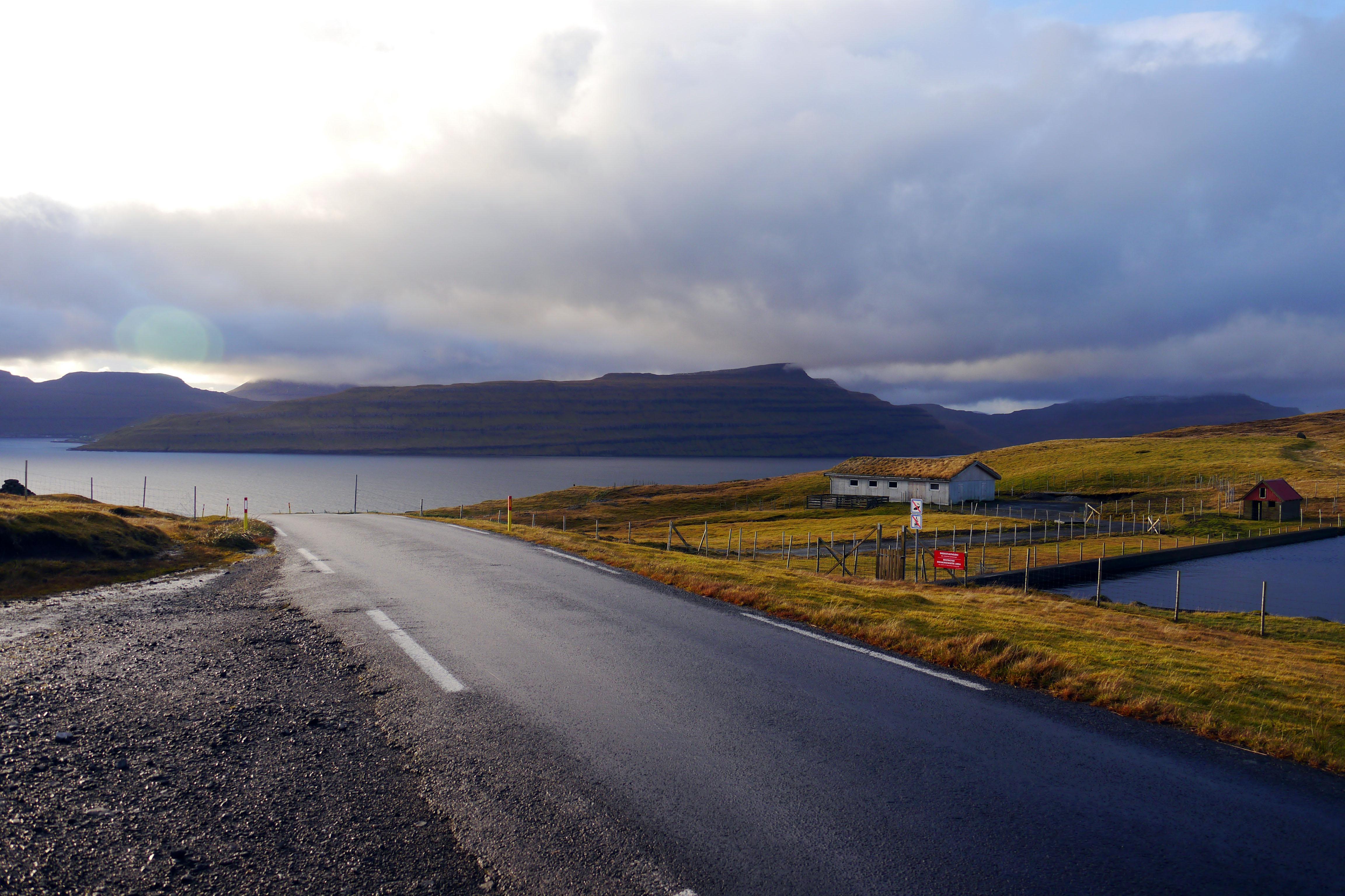 Eysturoy-Faroer Inseln-Berge