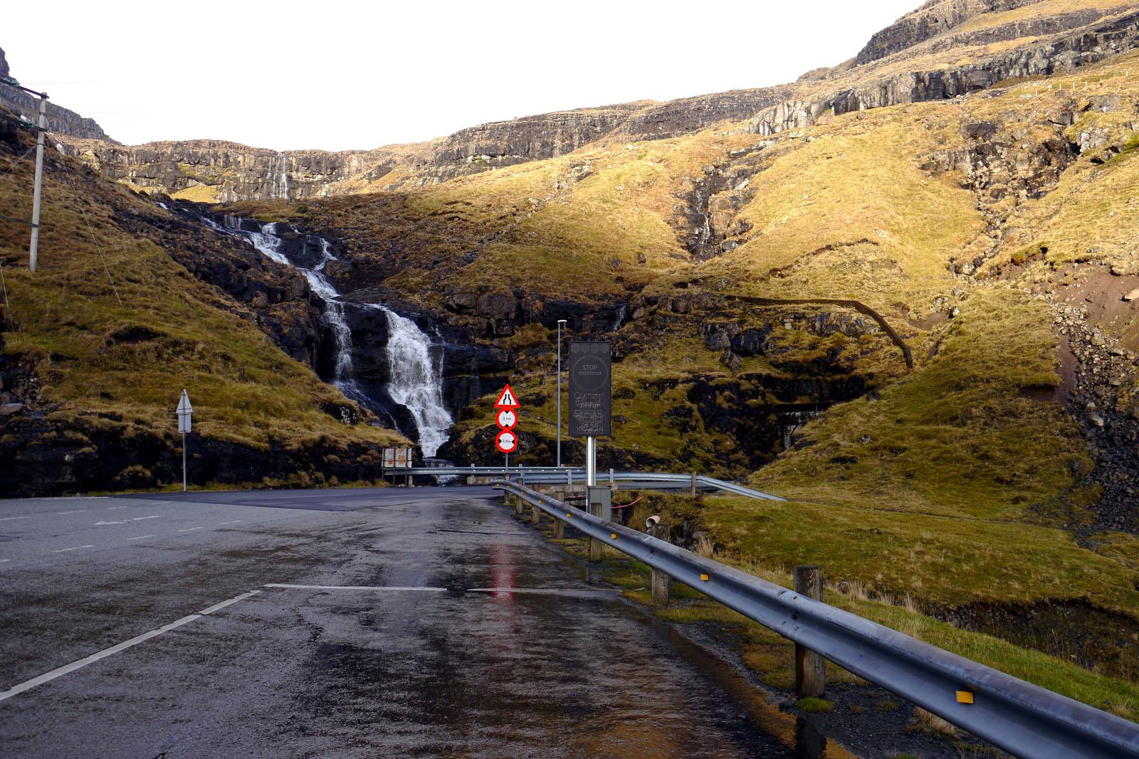 Faroer Inseln-Berge-Tunnel-Nordinseln