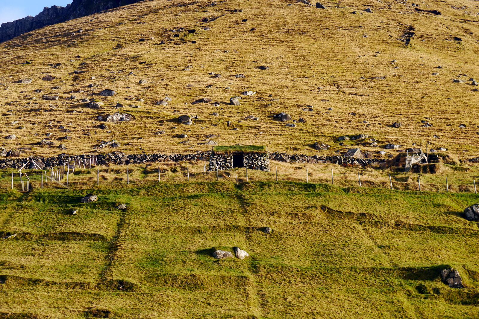Kunoy-Faroer Inseln-Berge-2