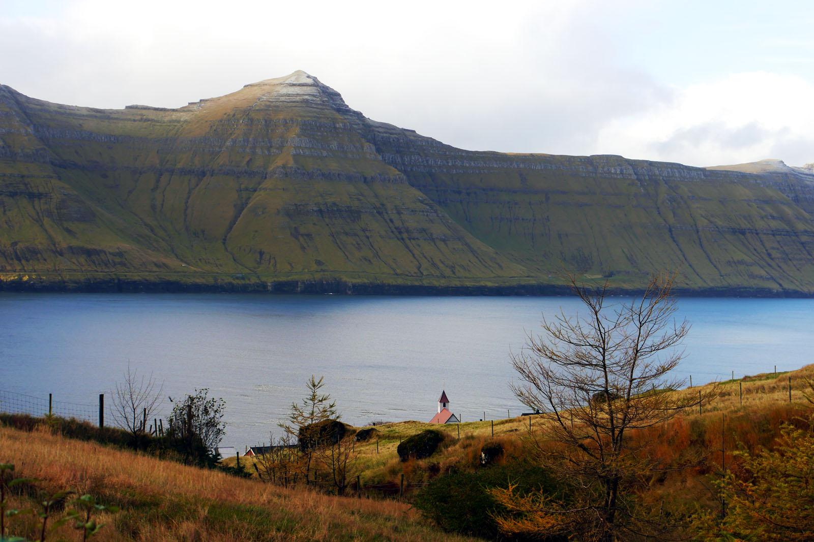 Kunoy-Faroer Inseln-Fjord-Karlsoy