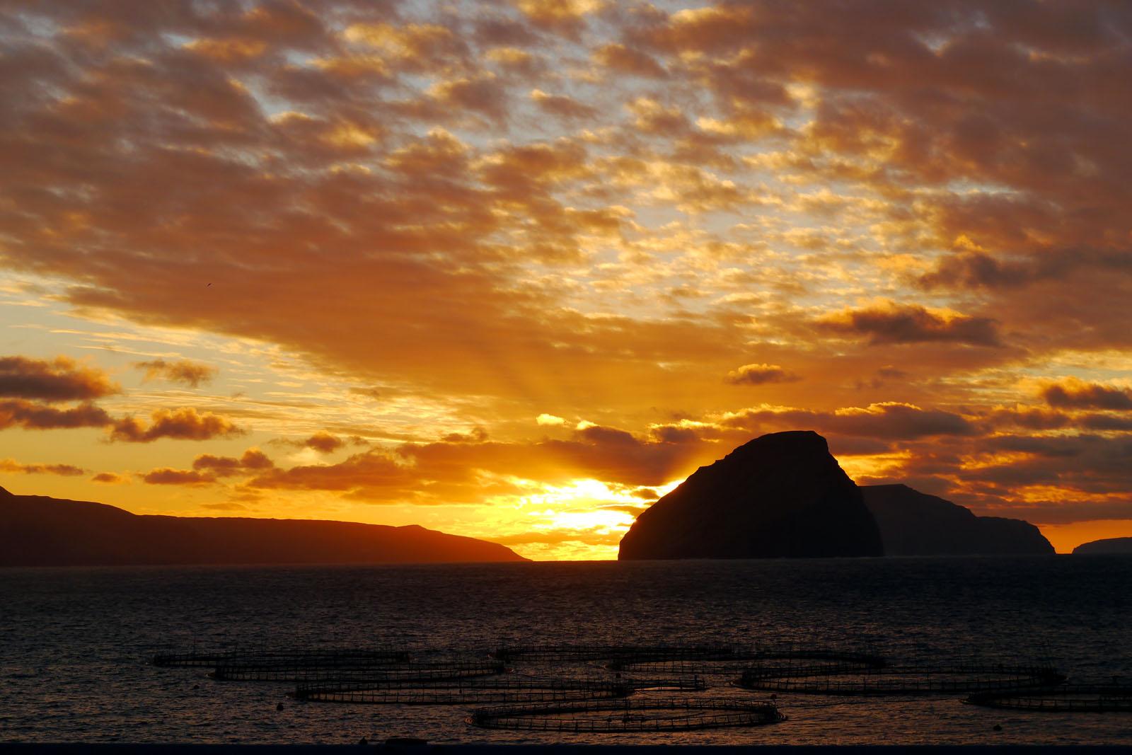 Sandavagur-Vagar-Sonnenaufgang-Meer-Koltur-Faroer Inseln-2